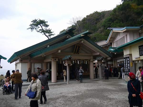 11.神社があり.jpg