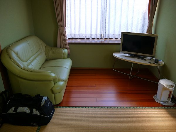 11.部屋の奥.jpg