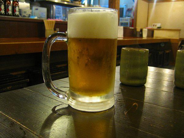 12.生ビールと.jpg