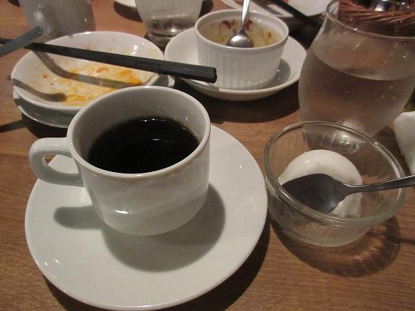 15.コーヒーと季節のソルベ.jpg