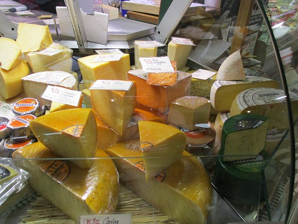 17.チーズの塊り.jpg