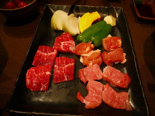 18.山梨のお肉三種.jpg