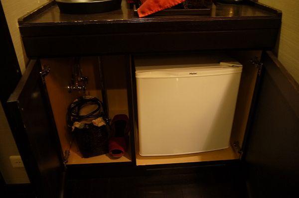 19.下には冷蔵庫.jpg