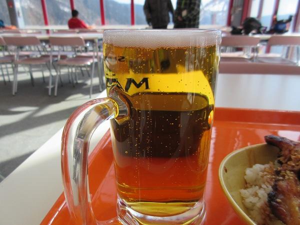 20.泡の少ない生ビール.jpg