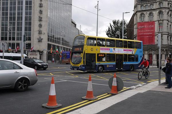 3.2F建てのバス.jpg