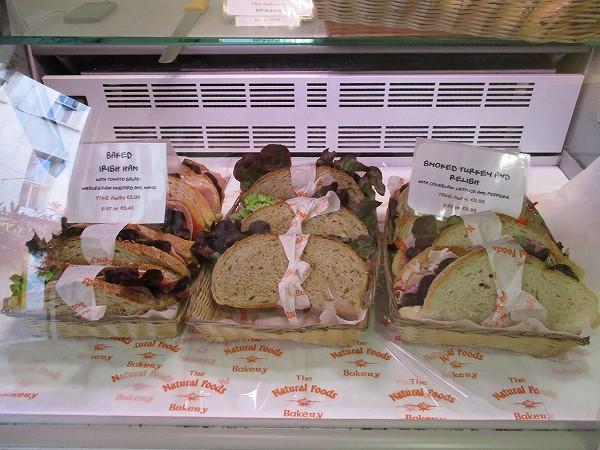 3.サンドウィッチが大好きみたい.jpg