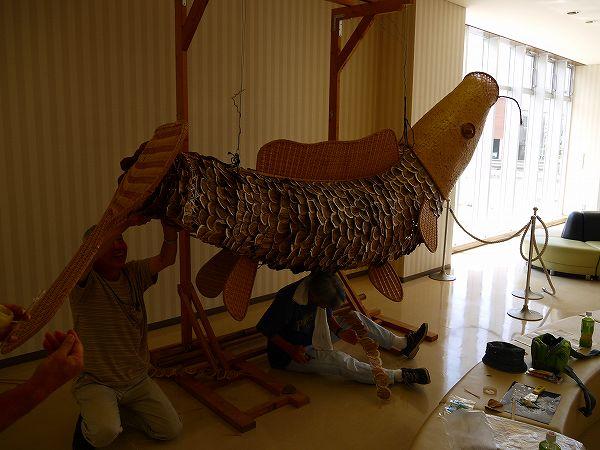 3.竹での鯉作り.jpg