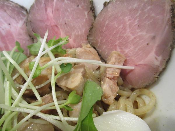 4.ベビーリーフと鶏肉.JPG