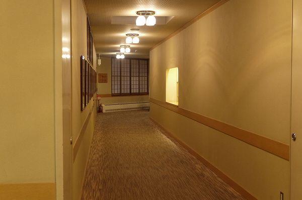 43.廊下も長く.jpg