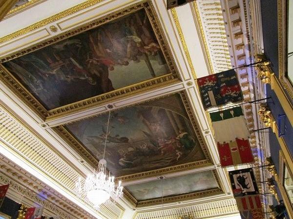 45.礼拝堂の天井.jpg