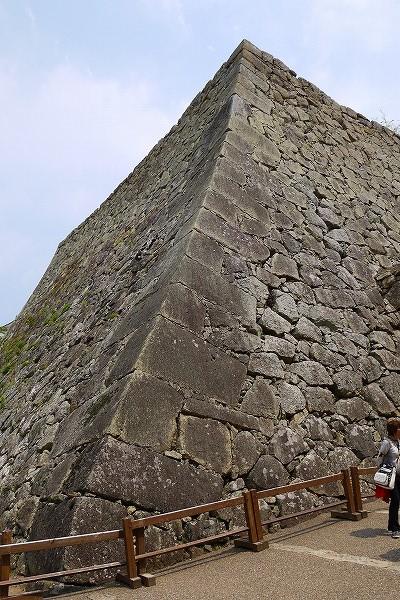 60.立派な石垣.jpg