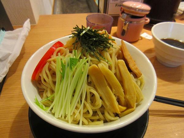 7.つけ麺・大盛.jpg