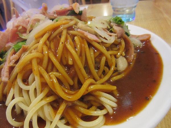 8.太麺が特長.jpg