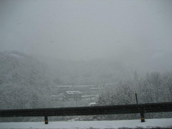 8.湖北は雪国だわ.jpg