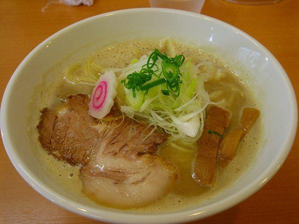 9.鶏豚骨ラーメン.jpg