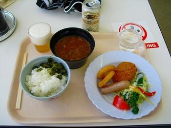 25.めいほう豚汁定食.jpg