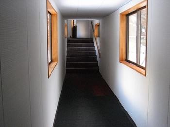 8.渡り廊下.jpg