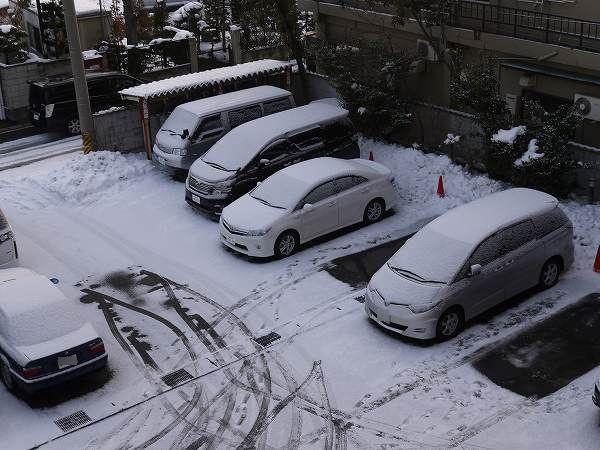 1.朝の駐車場.jpg