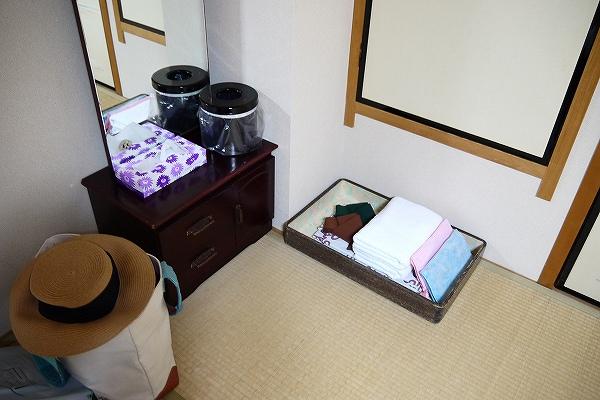 11.鏡台と浴衣セット.jpg