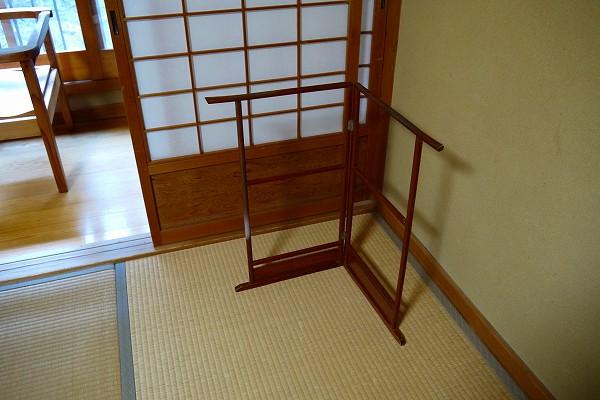 21.タオル掛が木製だし.jpg
