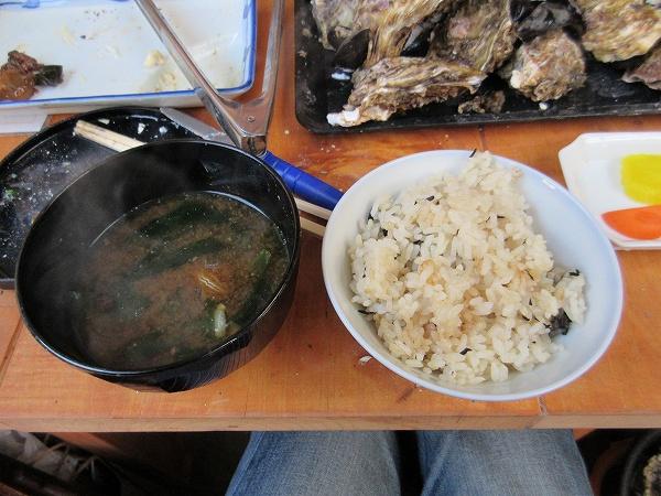 22.カキご飯とカキの味噌汁.jpg