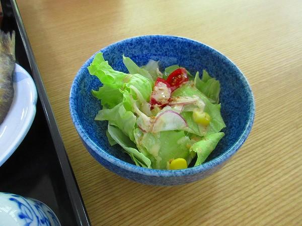 26.胡麻ドレッシングのサラダ.jpg