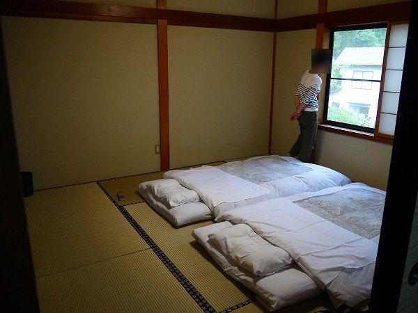 7.左の寝室と.jpg