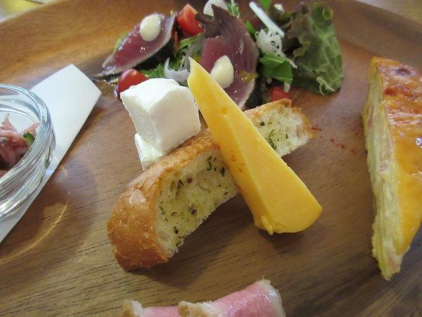 8.チーズ&ガーリックトースト.jpg